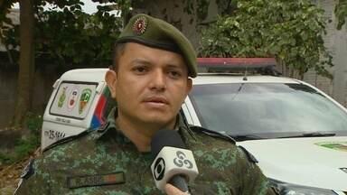 Após desaparecimento durante passeio em balneário, criança é encontrada em Manaus - Policiais do Batalhão Ambiental realizaram os primeiros socorros.