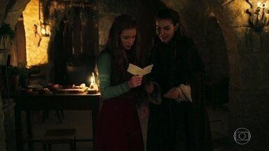 Selena entrega para Amália a carta de Héber - Esta pode ser a pista que levará ao Rei Augusto