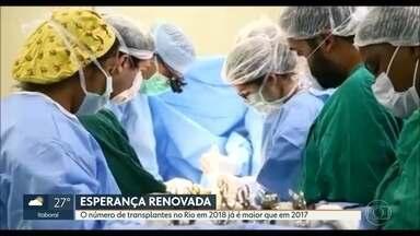 Número de transplantes em 2018 já é maior do que em todo de 2017 no Rio de Janeiro - Um coração pode resistir até quatro horas do primeiro corte no doador até a cirurgia completa em quem recebe. De 2009 para cá, as doações de orgãos praticamente quadriplicaram no estado.