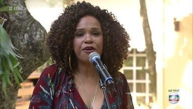 Tereza Cristina abre o programa de hoje com 'Com que Roupa' - Confira!