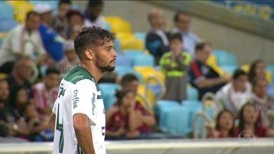 Veja como foi a recepção da torcida do Fluminense ao meia Gustavo Scarpa - Veja como foi a recepção da torcida do Fluminense ao meia Gustavo Scarpa.