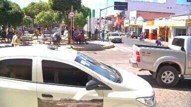 Moradores denunciam falta de fiscalização de motociclistas em Missão Velha - Saiba mais em g1.com.br/ce
