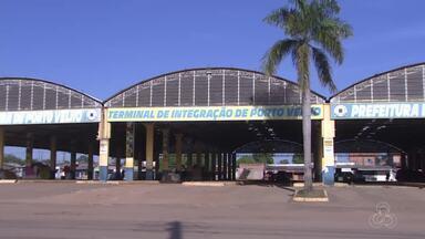 O abandono do antigo terminal Euclides da Cunha continua - Quase cinco meses após a desativação, o terminal continua sem utilidade.