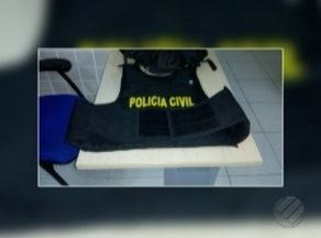 Asssaltante furta colete à prova de balas de dentro de delegacia em Ananindeua - O suspeito foi detido e autuado em flagrante.