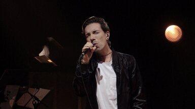 Di Ferrero Canta Maroon 5