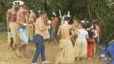 Índios Kiriri retornam à área que ocupavam antes de serem despejados em Caldas (MG) - Índios Kiriri retornam à área que ocupavam antes de serem despejados em Caldas (MG)