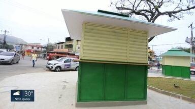 Quiosques novos na Vila Kennedy - Depois de ação de remoção dos camelôs, prefeitura entrega quiosques novos na comunidade