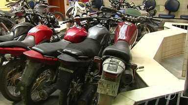 Pelo menos 200 motos estão retidas na delegacia de Polícia Civil de Santarém - Veículos foram apreendidos em operações policiais. Eles estavam sendo usados principalmente para a prática de assaltos na região oeste do estado.