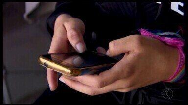 Psiquiatra de Divinópolis explica sobre problemas de saúde causados pelo celular - Mais de sete milhões de aparelhos estão em uso no mundo e a falta de controle na utilização pode causar transtornos como ansiedade.