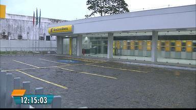 Agência do Banco do Brasil é invadida em Santa Rita, na Paraíba - Desta vez os bandidos não usaram explosivos.