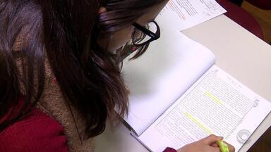 Ciee-RS tem mais de 2 mil vagas de estágio e aprendizagem abertas - Assista ao vídeo.