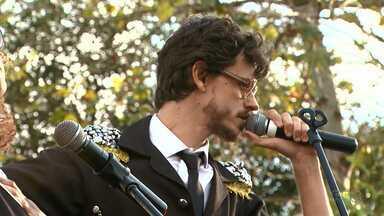 Nesta quinta-feira teve aula de rock no Parque Ambiental em Ponta Grossa - Festival de música segue até domingo.