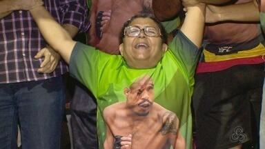 Mãe de José Aldo vibra ao assistir pela primeira vez uma luta do filho - Dona Rocilene foi da tensão à euforia, no sábado, com o nocaute do filho no UFC.