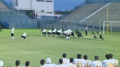 Em duelo da Liga Nacional de futebol americano, Lions vence Broncos - Partida ocorreu no domingo, no estádio da Colina, em Manaus.