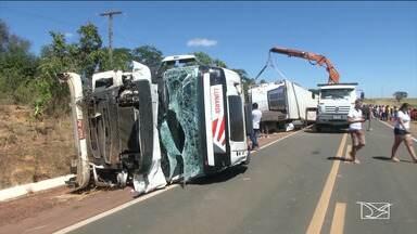 PRF divulga balanço do movimento nas estradas do MA em julho - Foram 88 acidentes, 15 mortes e 56 feridos nas estradas federais do Maranhão em apenas um mês.