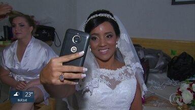 Empresários patrocinam festa de casamento para cem casais - Ceriônia coletiva é celebrada nesta segunda-feira (30).