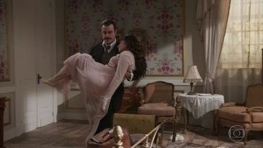 Olegário sequestra Susana - Ele quer impedir que a oportunista se case com Darcy