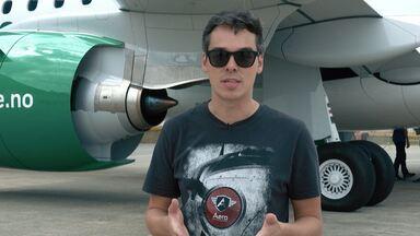 Entrega de Avião Para A Companhia Aérea, Avião de Paraquedistas e os Veículos do Aeroporto