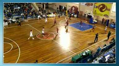 Equipe de basquete de Ponta Grossa é a primeira classificada para a final da Supercopa - A final será no sábado.