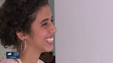 Jovens com deformidades nas mãos ganham cirurgia gratuita no Instituto SOS Mão - Ação é comemorativa aos 20 anos da instituição no estado.