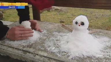 Flocos de neve são registrados em cidades da Serra de SC - Flocos de neve são registrados em cidades da Serra de SC