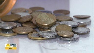 Baixa circulação de moedas prejudica trocos de comerciantes - Segundo pesquisa do Banco Central, moedas são guardadas em casa por 19,3% da população brasileira.