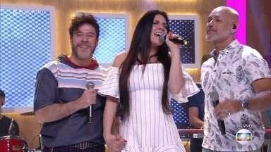Balão Mágico canta 'É tão lindo' - Grupo revive sucesso dos anos 80