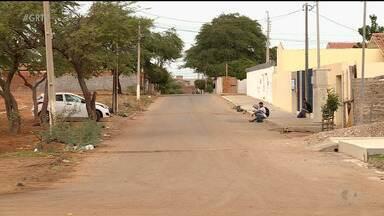 Ruas de bairro Antônio Cassimiro, em Petrolina, têm nomes e CEPs diferentes - Moradores enfrentam o problema há mais de cinco anos.