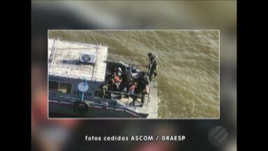 Assaltantes fazem passageiros e tripulação reféns dentro de barco na Pará - Assalto aconteceu na Baía do Marajó.