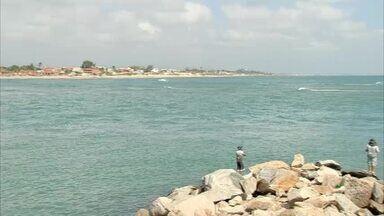 Pescador morre ao ficar enroscado em corda de âncora na Barra do Ceará - Saiba mais no G1.com.br/CE