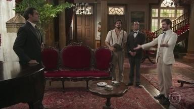 Camilo, Ernesto e Januário contam para Darcy que fecharam negócio com o fazendeiro - Darcy fica impressionado com a determinação deles