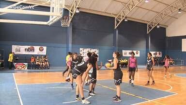 Times masculinos e femininos disputam fase final do Novo Basquete Nordeste - Veja como está sendo a competição.