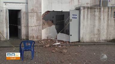 Bandidos explodem cofre de posto de gasolina na BR-324 - O crime foi durante madrugada, no sentido Salvador.