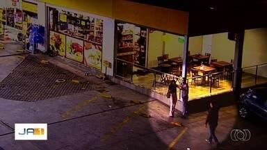 Câmeras de segurança registram momentos do caso do PM que atirou contra homem em posto - Segundo delegado, imagens ajudaram a Polícia Civil a encontrar os envolvidos.