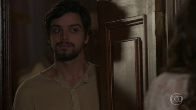 Ernesto dá uma desculpa para não dormir com Ema - Ema fica revoltada e dá uma resposta atravessada para o noivo