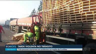 Acidente na BR-116 deixa um morto - Uma pessoa também morreu em uma batida no bairro Uberaba, em Curitiba.