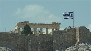 Termina o maior programa de resgate financeiro de um país na história - Depois de quase arrastar o Euro e a União Europeia para o buraco, a Grécia volta a andar com as próprias pernas.