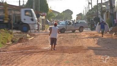 Grande quantidade de poeira causa transtornos e prejudica saúde de moradores em Santarém - Ruas sem asfalto causam problemas e muita poeira para moradores.