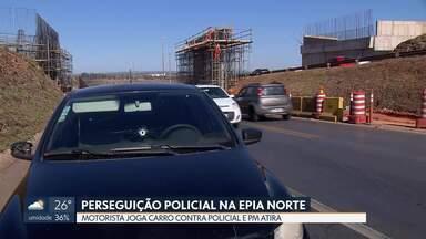 Motorista foge de blitz e só para depois que policial atira - Uma perseguição policial, hoje de manhã, começou no Varjão e só terminou na Epia Norte depois que um policial atirou no carro. A bala atingiu de raspão um dos passageiros.