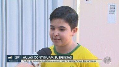 Após incêndio, escola passará por obras de R$ 77 mil em Ribeirão Preto - Vândalos atearam fogo ao prédio durante tentativa de furto no domingo (19).