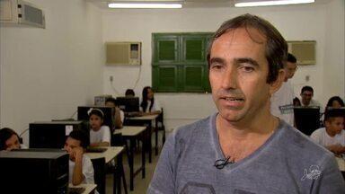 Crianças aprendem de forma simples o universo da programação em Maracanaú - Saiba mais em g1.com.br/ce