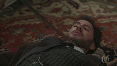 Brandão ameaça Xavier com uma espada - O Coronel perde a cabeça ao descobrir o que Xavier fez com Mariana