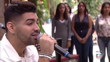 Dilsinho canta 'Ioiô' - Confira!