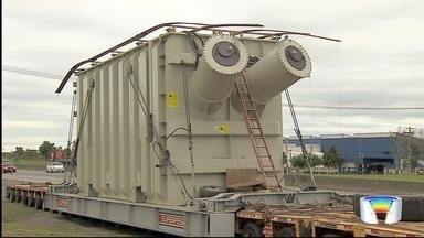 Marginal da Dutra em Taubaté vai ser interditada para passagem de carga especial - Transformador produzido em Taubaté vai ser levado para usina de Belo Monte.