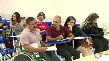 Debate sobre inclusão social de pessoas com deficência é tema de evento em Caruaru - Evento faz parte da área de psicologia.