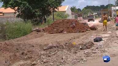 Prefeitura faz reparo em quatro dos 17 trechos de ruas afetadas por enxurradas em Santarém - Recursos dos trabalhos são do governo federal e é resultado do decreto de emergência.