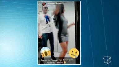 Na ausência de vereador, secretária parlamentar usa gabinete para dançar forró - Vídeo filmado no gabinete do vereador Didi Feleol (PDT) foi postado nas redes sociais por uma servidora e viralizou.