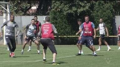 Santos enfrenta o Vasco pelo Campeonato Brasileiro neste sábado - Equipe comandada pelo técnico Cuca jogará no Maracanã pela 22ª rodada da disputa.