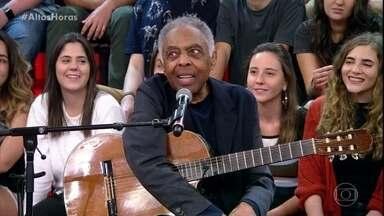 Gilberto Gil revela que mastiga 50 vezes antes de comer - Cantor explica o motivo do cuidado