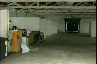 Cheia obriga famílias a saírem de casa em Dom Pedrito, RS - A remoção foi feita pela Defesa Civil.